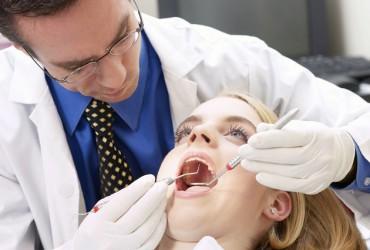 stomatolog-370x250