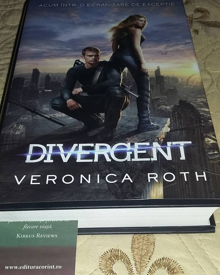 Trilogia Divergent: Divergent- volumul I, de Veronica Roth
