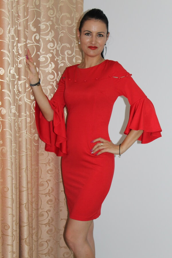 OOTD: Rochie roșie și cercei cu perle de la Fashion Mia