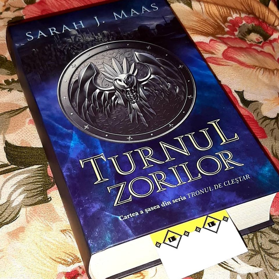 Turnul zorilor ( Tronul de Cleștar, vol. 6 ) de Sarah J. Maas